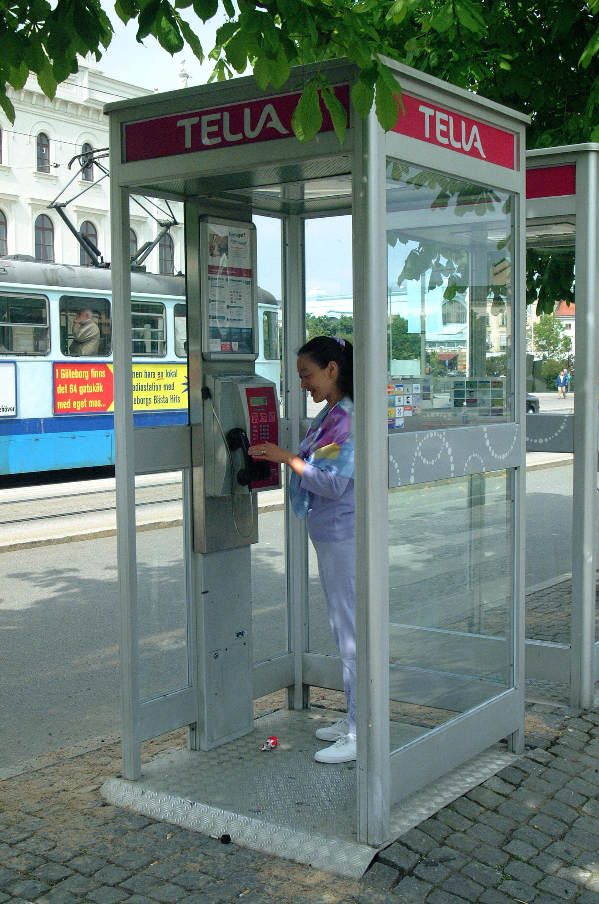 David Dobkin 39 S Phonebooths Of The World